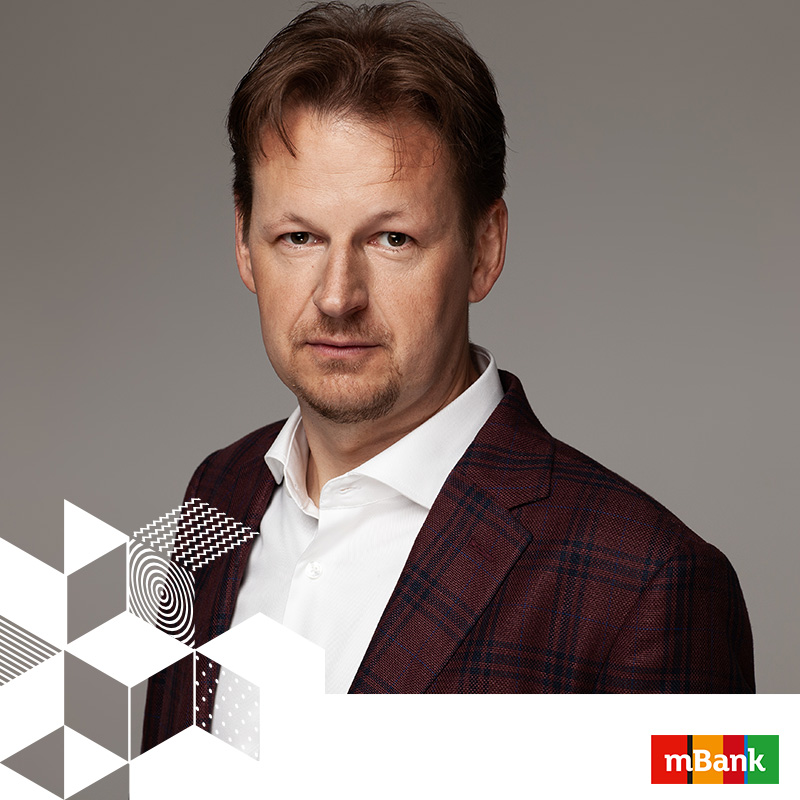 RAFAL JAKUBOWSKI // MARKETING DIRECTOR // MBANK